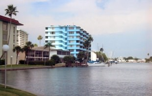 Dearborn Towers in Florida