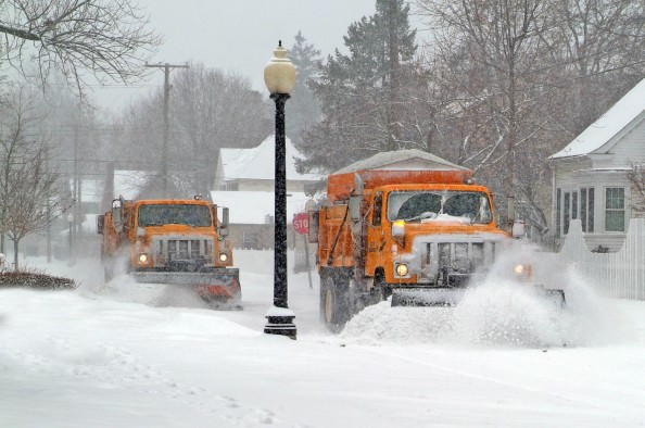 Dearborn residents are reminded to remove their parked vehicles from the streets when heavy snowfall (three inches or more) is predicted to allow for efficient snow plowing. If a snow emergency is declared, residents must remove parked vehicles or they could be ticketed. Sign up to be alerted to snow emergencies via Nixle.com.