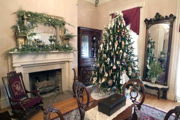 Victorian Christmas in Dearborn