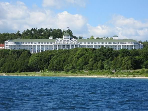 an analysis of the mackinaw island activities Charming and historic hotels, beautiful lake michigan, fun experiences, and beautiful scenery all of this and more await you on this mackinac island & the great lakes tour.