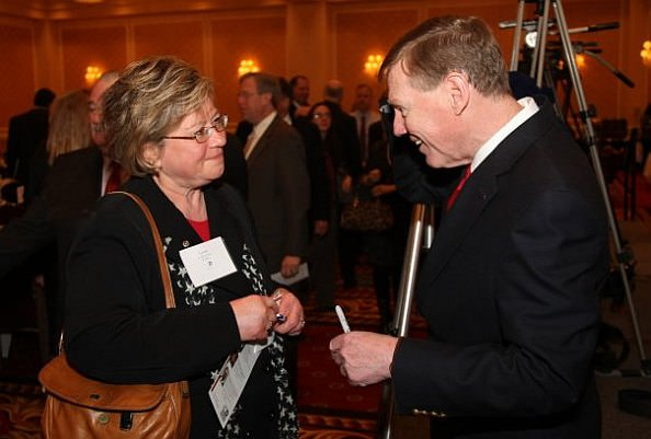 Lynne Killion - talking with Alan Mulally of Ford Motor Co.