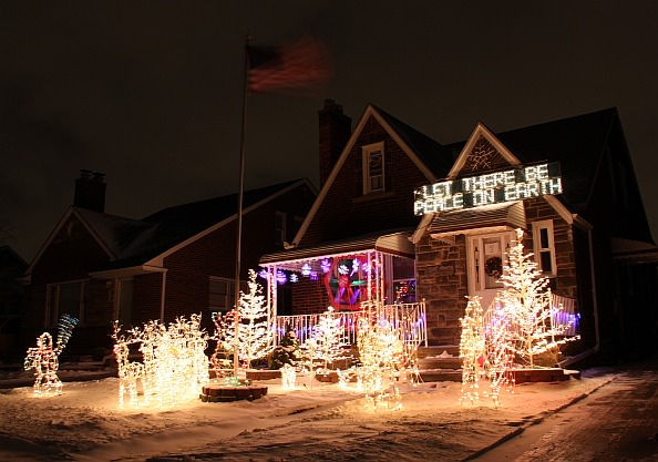 7620-MILLER-Christmas-House-594px